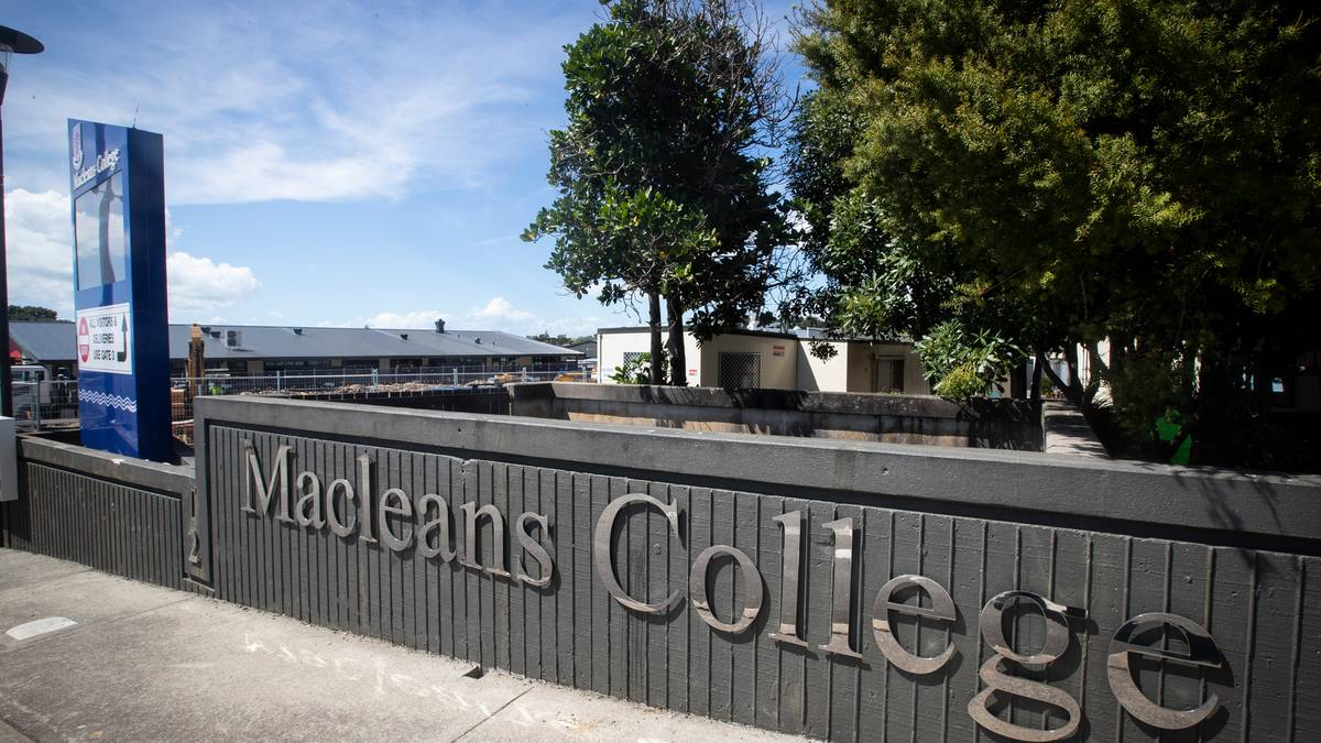 Macleans College told by Ombudsman to apologise to student expelled for swearing at teacher – NZ Herald